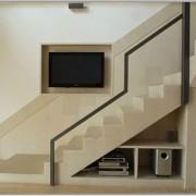1vratza-stairs
